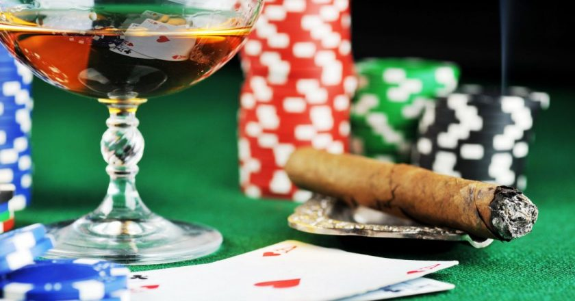 The earnings of online Casino