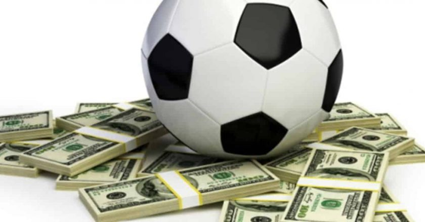 Are you looking for a reliable Football gambling site? Follow these tips!