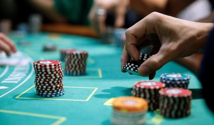 Know The Moolah You Can Make From Online Casino Poker