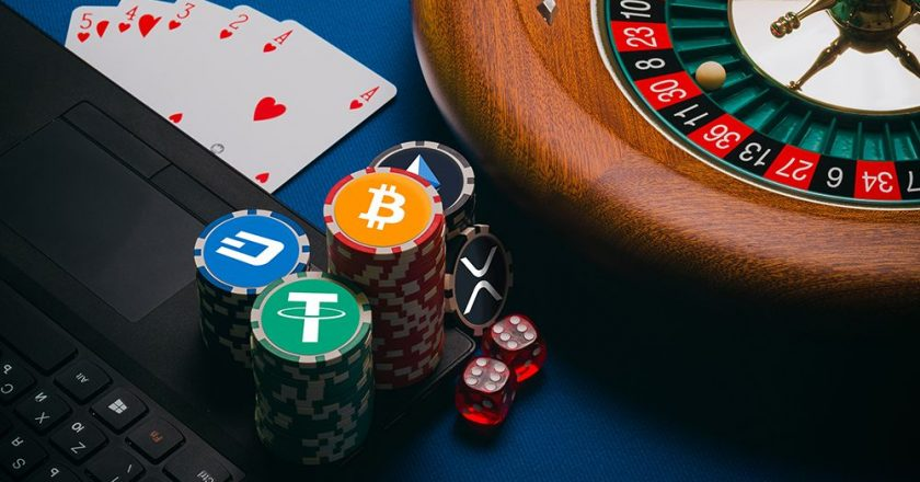 Introducing The simple Option to Online Casino