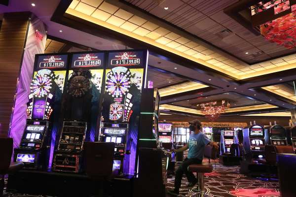 The Good, The Dangerous And Online Gambling